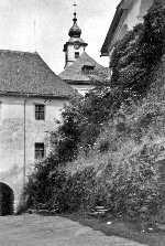 Blick auf kirchturm alte fotos gebäude alte häuser hütten sw