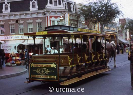 disneyland-trolley