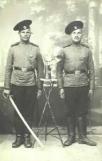 zwei-soldaten-saebel-eb