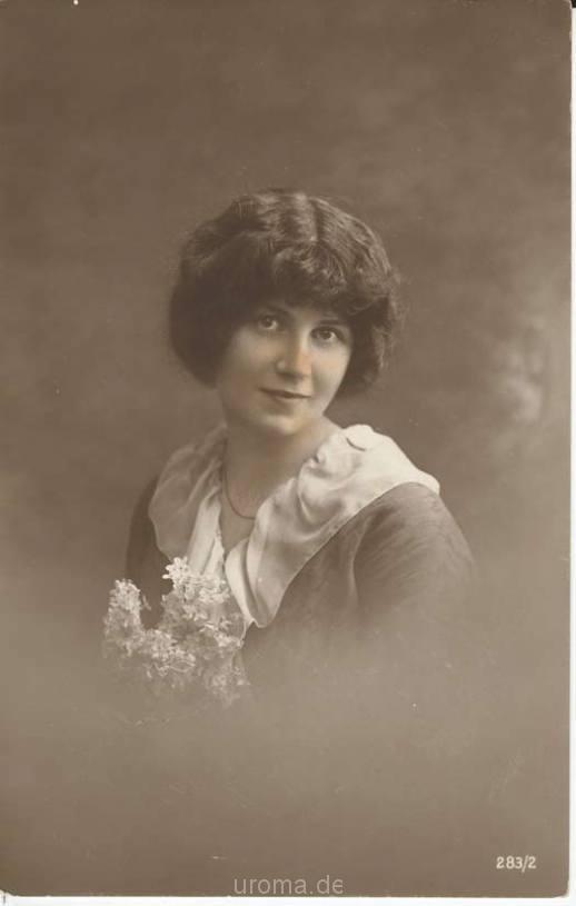 Frisur der damaligen Zeit - 19. Jahrhundert