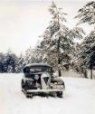 car-in-snow-g