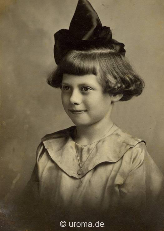 portrait-of-a-little-girl