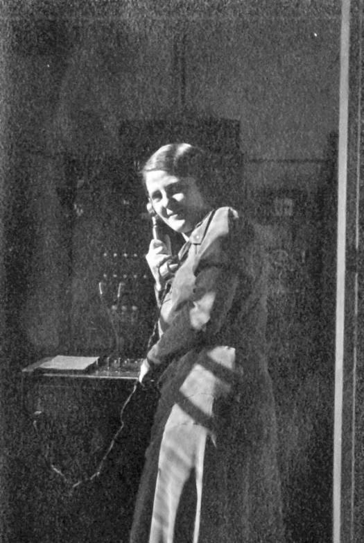 telefondame-1922