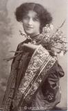 tracht-blumen-1902